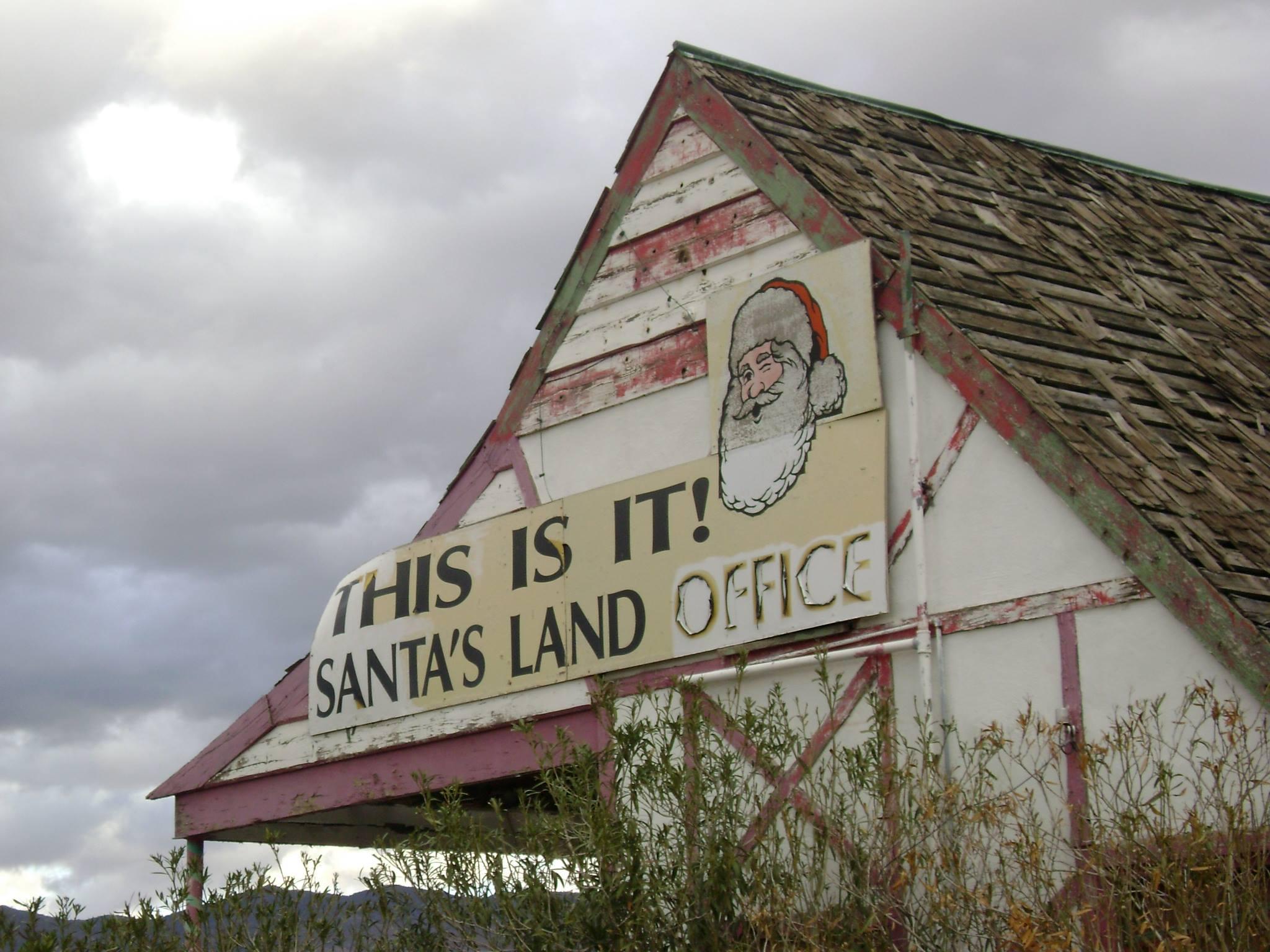 Abandoniers Who Wants To Buy Santa Claus Az Nobody