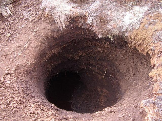 The_Black_Hole_-_geograph.org.uk_-_396812 delunula deloonula