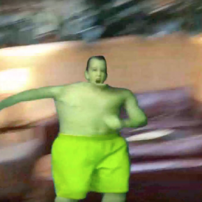 Hulk Kid goes to Hulk Convention with Hulk Mom